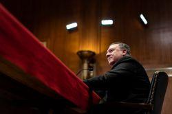 پمپئو برای جنگ با ایران به کنگره هشدار داده است