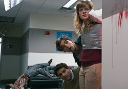 فیلم سینمایی شورش در اداره  www.filimo.com/m/MUhQL