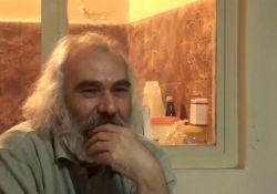 فیلم مستند قدیس  www.filimo.com/m/amPO8
