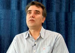 فیلم مستند از سپیده تا فریاد  www.filimo.com/m/wIBQe