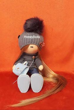 فروش عروسک روسی تولید ایرانی  عکس بدون روتوش بدون  فوتوشاپ قد ۳۵ سانت  لینک کانال در ایتا https://eitaa.com/joinchat/3898867731C2e8234febb  جهت اطلاع از قیمت و سفارش عروسک آی دی زیر در پیام رسان ایتا  @ms5704  و همچنین پیج ما در اینستاگرام @honey_dolls1398
