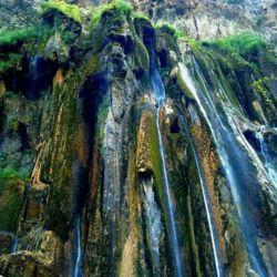 بلندترین آبشار چشمه ای جهان در ایران آبشار مارگون بزرگ ترین و باشکوه ترین آبشار ایران است؛ این آبشار در استان فارس و در کنار روستای مارگون، شهرستان سپیدان واقع شده است.