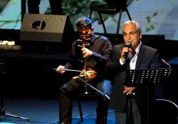کنسرت مهران مدیری   www.filimo.com/m/1qCO0