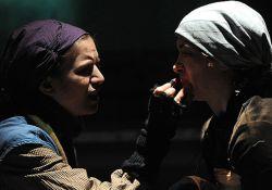 فیلم تئاتر شهر بدون آسمان   www.filimo.com/m/l7KMi