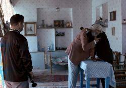 فیلم کوتاه دختری در میان اتاق  www.filimo.com/m/YSMc9