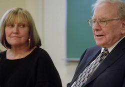 فیلم مستند به زندگی وارن بافت خوش آمدید  www.filimo.com/m/dUQlo