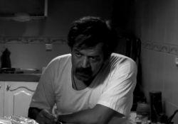 فیلم سینمایی مردی که گیلاس هایش را خورد  www.filimo.com/m/XenNS