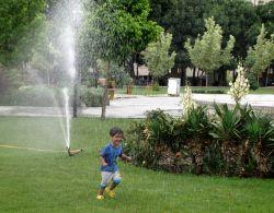 #hamrah1 کودکانه بخند و شادی کن