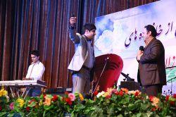عکس سیروس حسینی فر اجرای برنامه طنز و شاد در عسلویه - ماهشهر