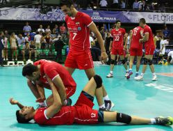 Pourya Fayazi Damnabi and Mojtaba Mirzajanpour M. with their teammates of Iran celebrate