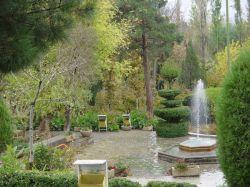 باغ زیبای سیفیه . ملایر . منوچهر