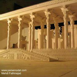 شهر پارسه (تخت جمشید)  قبل از تخریب توسط اسکندر،  به افتخار کورش هر کی ایران را دوست داره لایک کنه