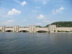 پل خواجو در مالزی با الهام از پل خواجوی اصفهان