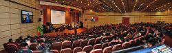 تقلید صدا و اجرای طنز در همایش شرکت ایرانول توسط سیروس حسینی فر