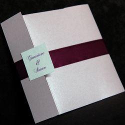 قشنگ ترین کارت عروسی...کامنت بخونید خیلی جالبه....ما کجاییم.آخ شهدا شرمنده ایم..
