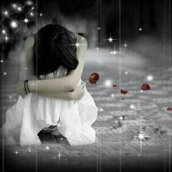کسی که اشکمو پاک نمیکنه عمرا بذارم وقتی میخندم کنارم باشه......!!!!!!