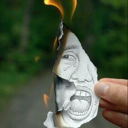 برای نابود کردن یک فرهنگ نیازی نیست کتابها را سوزاند کافیست کاری کنید مردم آنها را نخوانند . . .