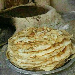نان نازک نوعی نان محلی