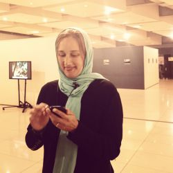 الیف سویاباتماز عکاس موبایلی اهل ترکیه در گالری عکس جشنواره فیلم و عکس همراه تهران خانم سویاباتماز پنجشنبه 27 شهریور، ساعت 4:30 بعدازظهر در پردیس ملت کارگاه عکاسی موبایلی خواهند داشت. شرکت در این کارگاه برای عموم آزاد است.