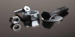 در واقع استوانه ای است که شیارهای مارپیچ آن را احاطه کرده است. طراحی شیار پیچ ها برای بریدن مواد نرم تر و سخت تر متفاوت است، شیارها اغلب به صورت مثلث، مربع، ذوزنقه و نیم دایره روی سطح جانبی بدنه ایجاد می شود.