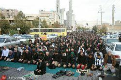 نماز ظهر عاشورا به امامت حضرت حجت الاسلام والمسلمین انجوی امینی کانون رهپویان وصال شیراز