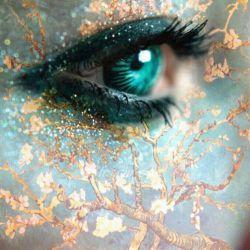 برای دوست داشتنت از من دلیل می خواهند ... چشمانت را به من قرض می دهی ...