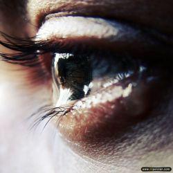 تو چه میفهمی حال و روز کسی را که دیگر هیـــــــــــچ نگاهی دلش را نمی لرزاند..؟!!!