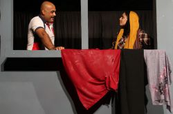 نمایش بنیان از اصفهان  شرکت کننده در جشنواره تاتر مناطق کشور مهرماه ۹۳ بندر گناوه  عکس:  نواب موسوی