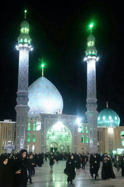 مسجد مقدس جمکران ،سه شنبه ،جای همه دوستان خالی......لطفا کامنت رو بخونید خدایی خیلی قشنگه