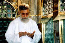 """سلام دوستان ...نماز اول وقت حواستون باشه ..."""" نماز جلوگیری میکند از فحشا و منکر """" بحارالانوار"""