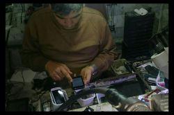 شغل دوم من  درحال تعمیر موبایل