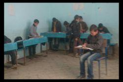 دانش آموزان من در حال حل تمرینات