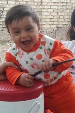 دوستای خوب من،این شیطون بلا که میبینین،بچه خواهر منه.اسمش امیرعلی.خیلی دوسش دارم.عشق منه