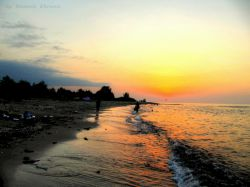 غروب آفتاب در ساحل چالوس