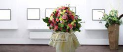 دسته گل میخک مینیاتوری شامل 7 دسته شاخه گل میخک - ارسال گل در تهران رایگان است.