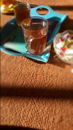 دو استکان چای باشه، هوای خوب باشه، ایوانی ناز باشه، طبیعت باشه و تو (: عشق ینی این (: زندگی ینی این