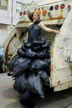 زباله جمع کن محلمون، تا چشتون بسوزه خخخخخخخخ