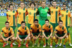 تیم ملی فوتبال استرالیا موفق شد با دوگل تیم کیهیل برابر چین به پیروزی برسد .استرالیا به همراه کره جنوبی به نیمه نهایی مسابقات رسید.