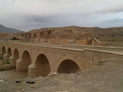 پل قدیمی رودخانه کشکان (لرستان)