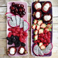میوه های استوایی گوارای وجودتون... #میوه #خوردنی #خوشمزه #خوراکی #پذیرائی