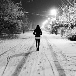 جز روزگار من ، همه چیز را سفید کرده برف !
