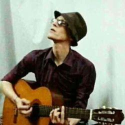 عشقم و گیتارش