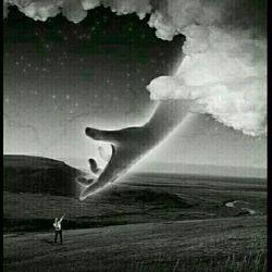 خدایا ...! گاهی وقتها ... مثل دیشب٬ مثل امشب که هوای روزگارم ابری٬ هوای چشمانم بارانی٬ و هوای قلبم طوفانی ست نوازشم کن... تا نترسم از تنهایی٬ و به یاد بیاورم که چون تو خدایی دارم. خدایا ...! ..