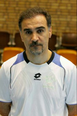 جمشید خیر آبادى،فرزند كردستان ، قهرمان وسرمربى آذربایجان  در جام جهانی كشتی فرهنگی