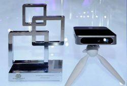 پروژکتور ZTE SPRO2 برنده بهترین جایزه دستگاه الکترونیکی قابل حمل برای مصرف کننده در نمایشگاه MWC2015 بارسلونا شد.
