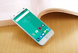 گوشی Blade S6 Plus نسخه بزرگتر Blade S6 است که فبلت 64 بیتی اندرویدی با قیمتی معقول می باشد. جدای از صفحه نمایش و طبیعتا  بدنه بزرگتر این دستگاه، از دیدگاه فنی تفاوت چندانی با نسخه کوچکتر خود ندارد.