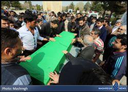 تشیع شهید افغانی که در ایران خانواده نداشت