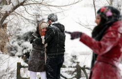 دوستان غیرایرانی من بر این نظر بودند که ایران یک کویر گرم و خشک بزرگ است و ایرانیان مردمانی سیه روی و افسرده