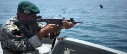 نیروی دریایی ارتش مانع از ربودن نفتکش ایرانی شد~ چهارشنبه ۵ فروردین، ۲۵ مارس ۳۲ دزد دریایی با ۴ فروند قایق و یک لنج ماهیگیری در محدوده شمال غربی تنگه بابالمندب درصدد ربودن نفتکش ایرانی بودند که دخالت نیروی دریایی ارتش ایران مانع از این عمل شد و دزدان دریایی متواری شدند.