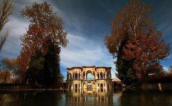 باغ شاهزاده ماهان – کرمان // مشاهده از آدرس: http://raviran.xzn.ir/fa/